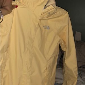 Super cute yellow northface jacket for sale! 💛